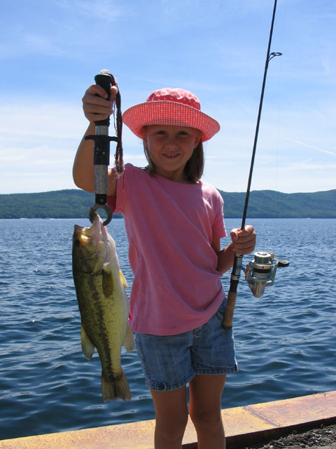 Little girls fishing images galleries for Fish for girls
